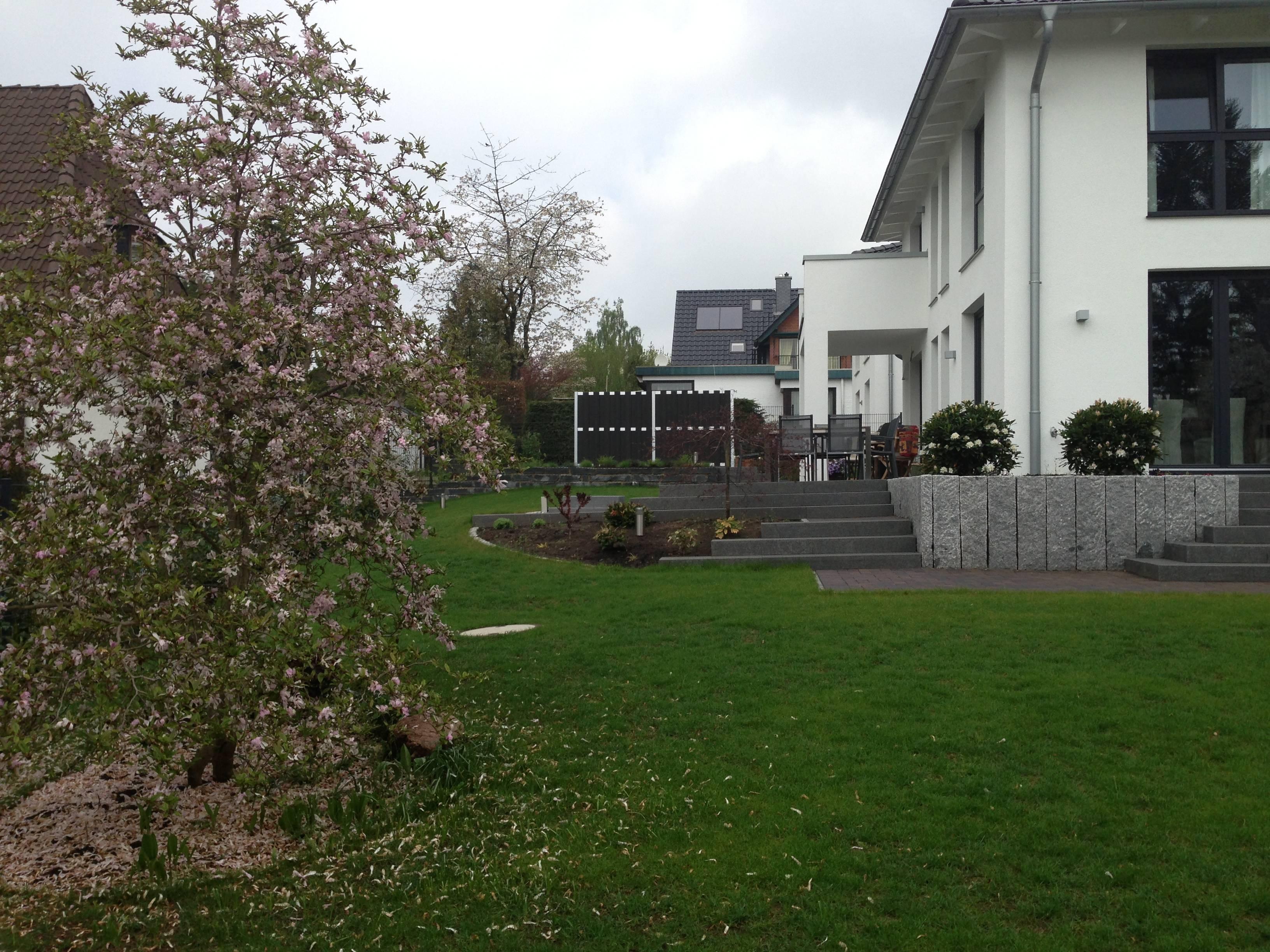 terrasse mit stufen | righini garten- und landschaftsbau